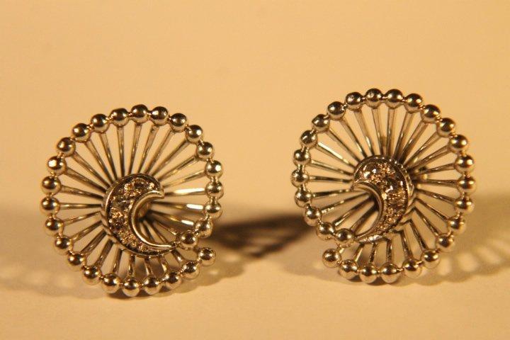14kt White Gold & Diamond Earrings - 2