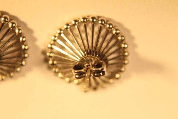 14kt White Gold & Diamond Earrings - 3