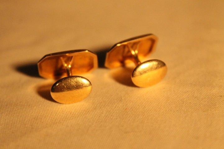2 Sets of 14kt Gold Cufflinks - 3