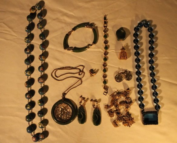 Misc Lot of Asian Jewelry