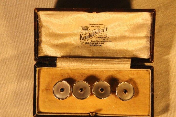 Set of 4 14kt Gold Men's Shirt Buttons - 2