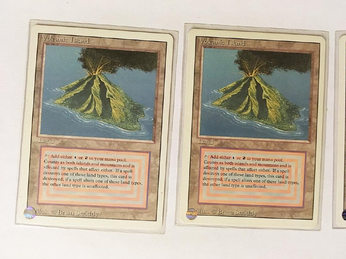 3 MTG Volcanic Island Cards - 2
