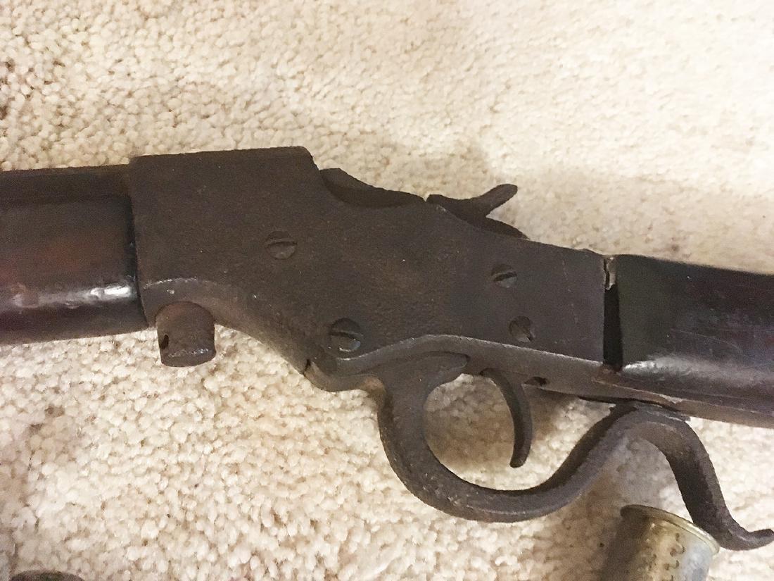 Squirrel Gun, Flasks, Powder Horns - 8