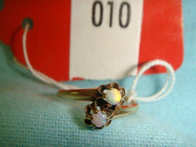 10: 14 K Gold Ring