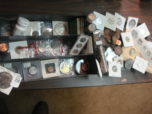 258: STRONG BOX OF MIXED COINS US & FORIEN ETC
