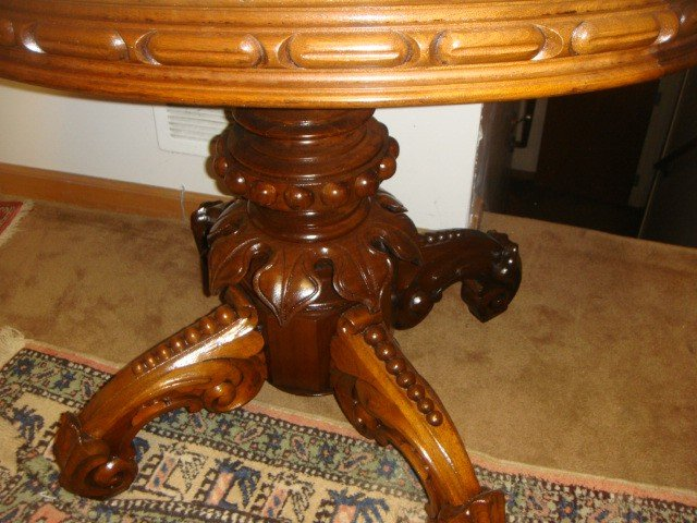 23: Victorian Oval Marble Top Parlor Table By Thomas Br - 4
