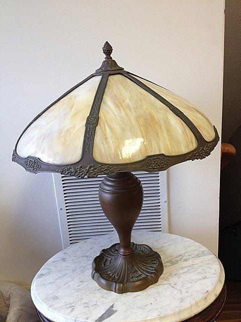 Estate Antique 6 panel Carmel Glass Parlor Lamp