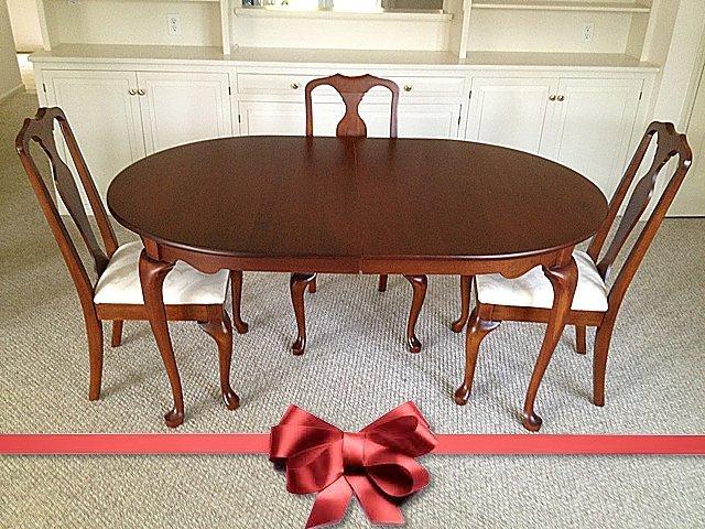 St. Jude Item: Hitchcock Dining Room Set
