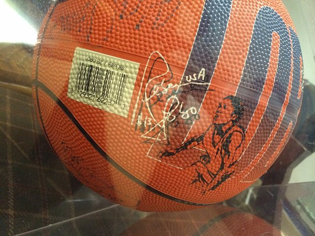 UConn Rebecca Lobo Basketball - 2