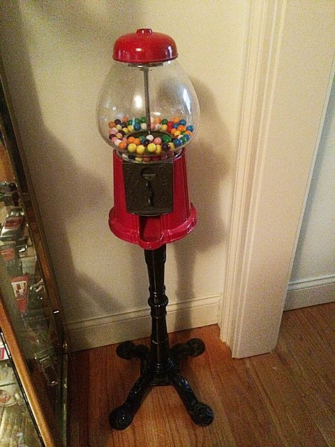 Lamp and Floor Stand Gumball Machine - 10