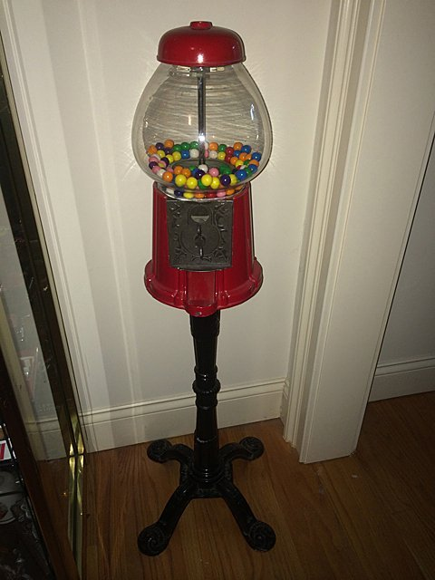 Lamp and Floor Stand Gumball Machine - 8