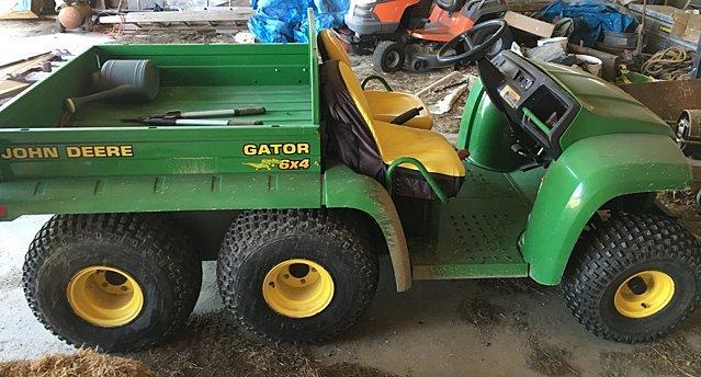 John Deere 6x4 Gator with Dump Bed