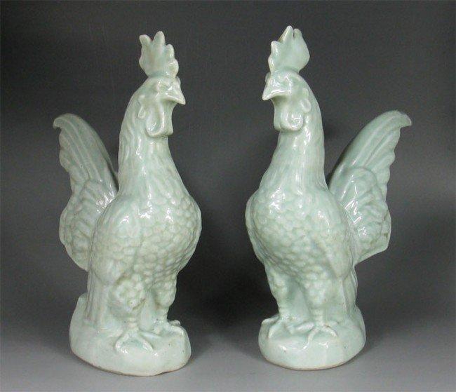 15: Chinese Pairs Light Green Glaze Figurine Chicken