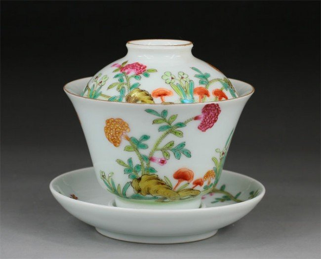 16: Chinese Famille Rose Covered Tea Bowl