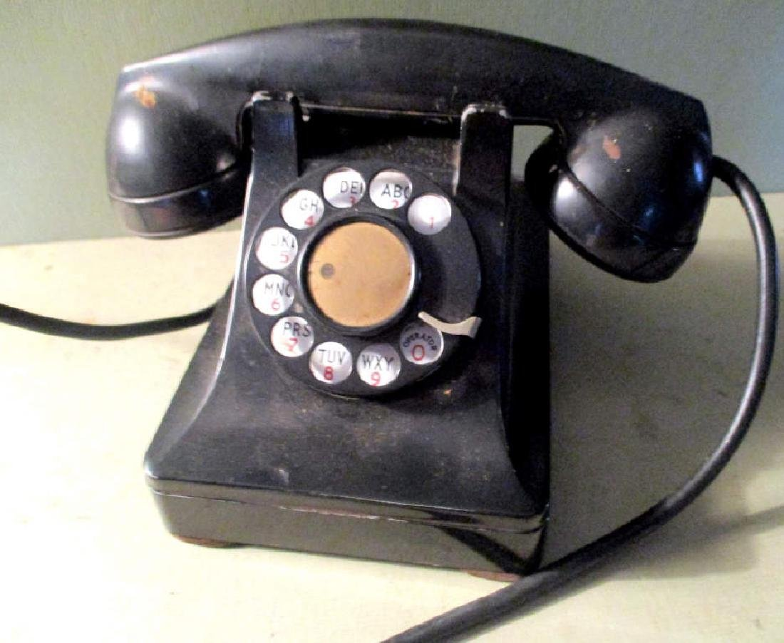 Vintage 1950s Telephone
