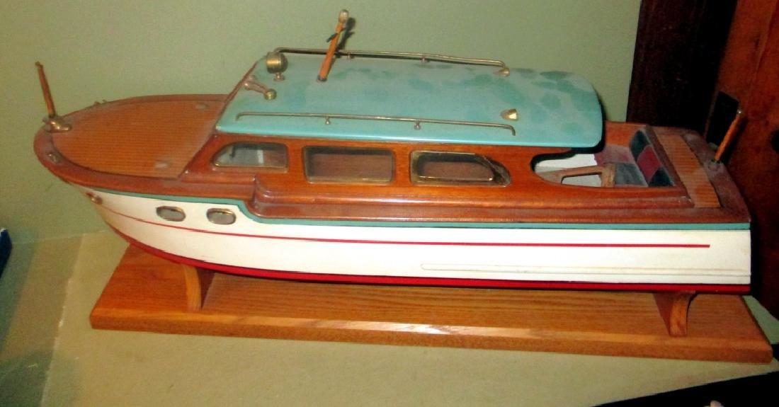 Cabin Cruiser Boat Model