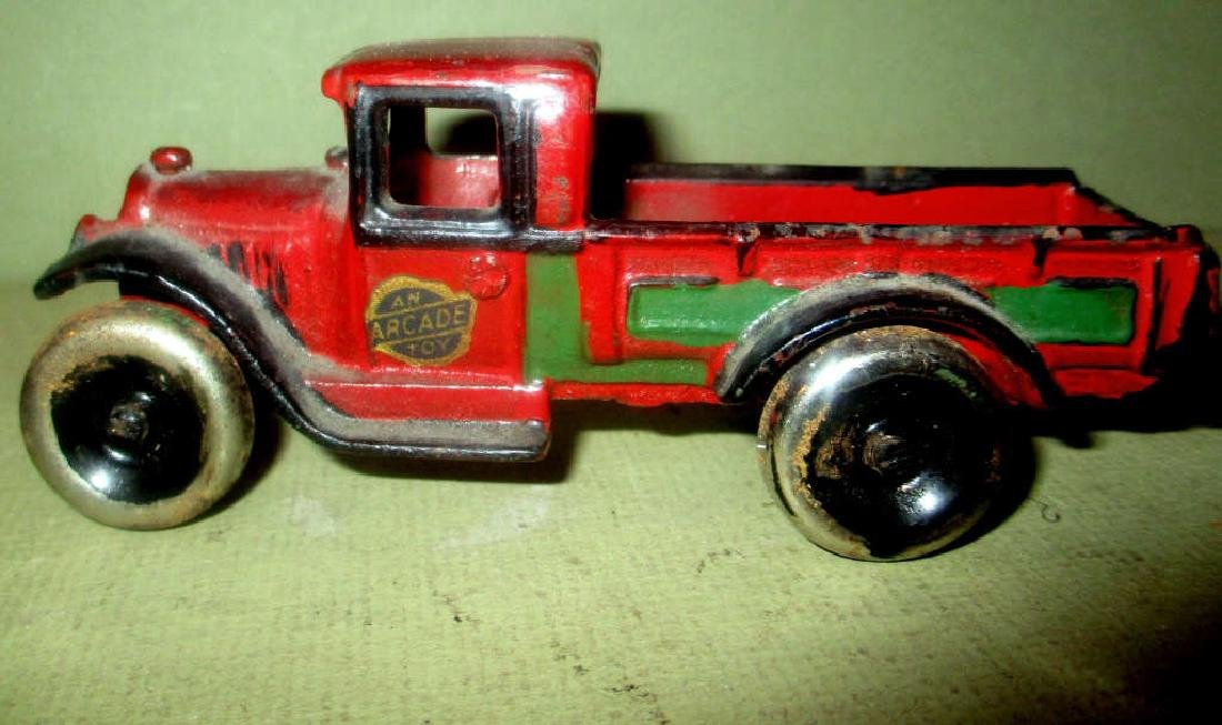 Small Cast Iron Arcade Toy Truck