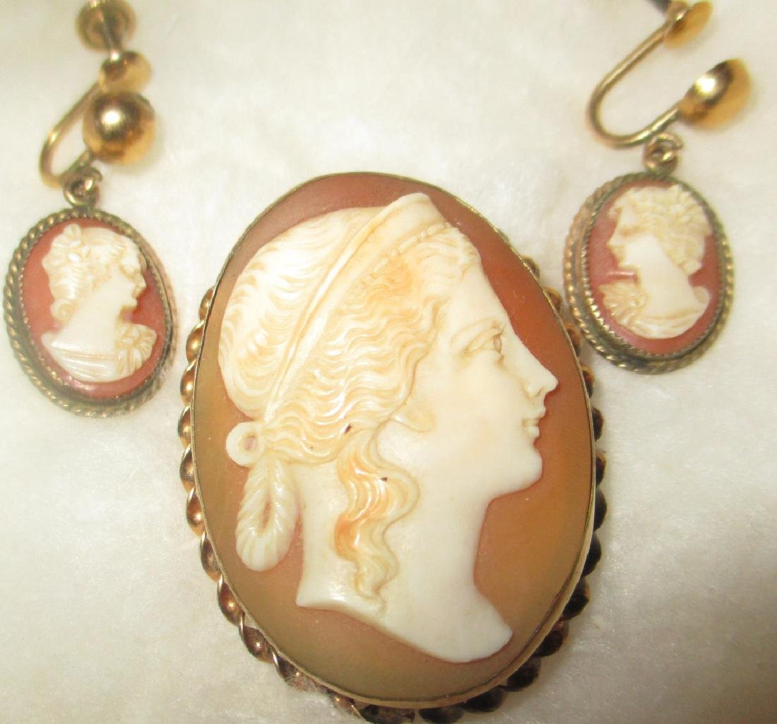 Lot of Cameo Jewelry
