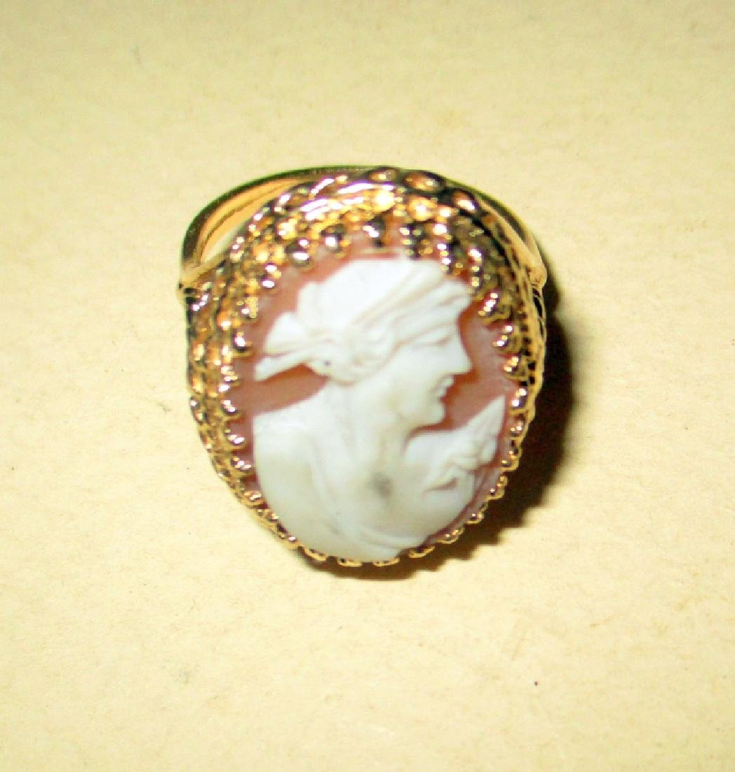 14K Yellow Gold Cameo Lady's RIng