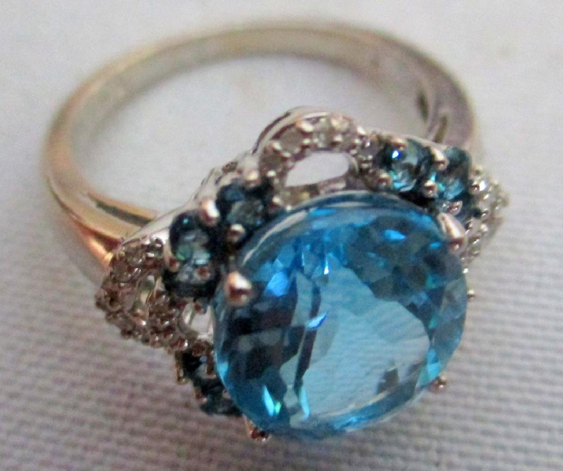 10K White Gold Lady's RIng Set With Blue Topaz
