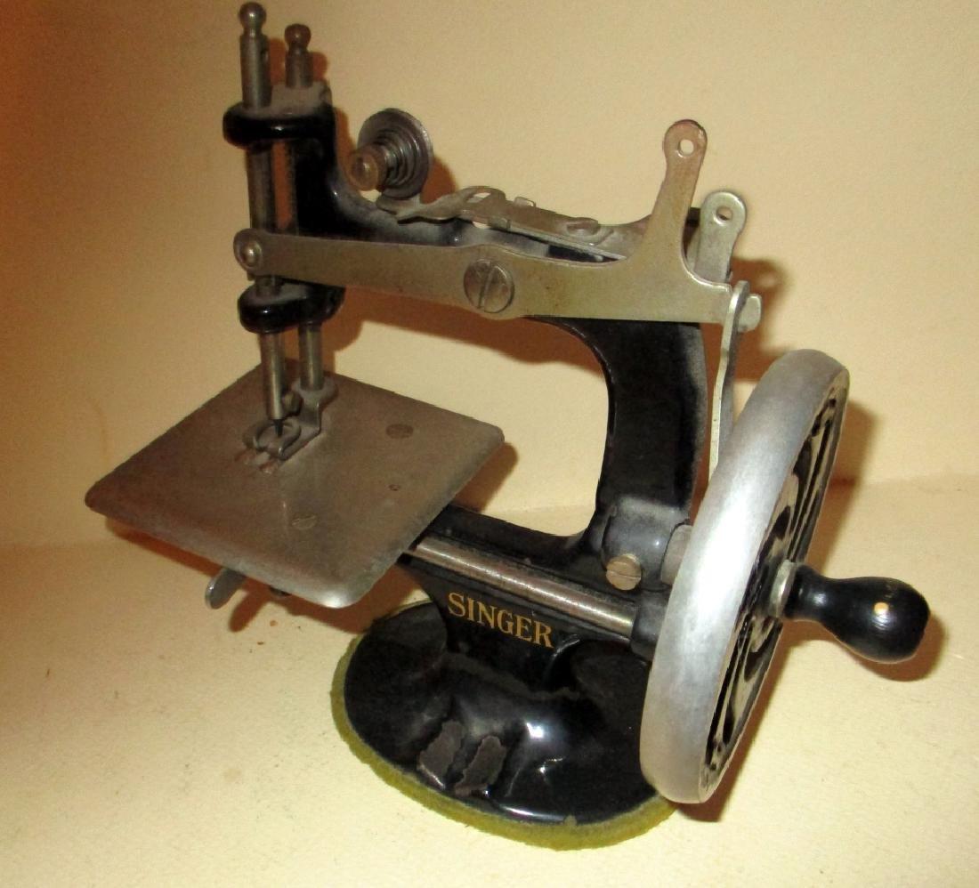 Child's Singer Sewing Machine