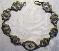 10 KT White Gold Bracelet Set with a Diamond