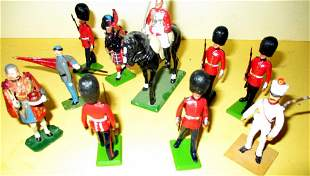 Lot of English Vintage lead Toy Soldiers