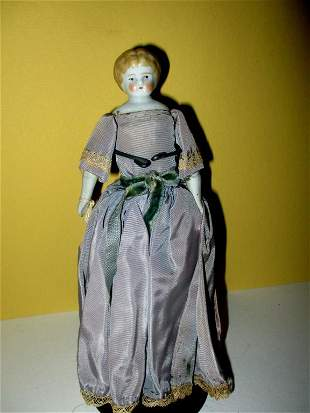 19th C. Porcelain Pin Top Head Doll