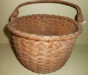 Shaker Basket With Handle
