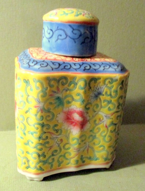 Chinese Porcelain Tea Caddy