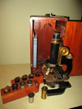 Late 19th/20h Century Microscope