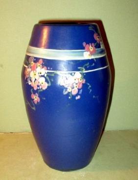 Weller Vase Hudson Line
