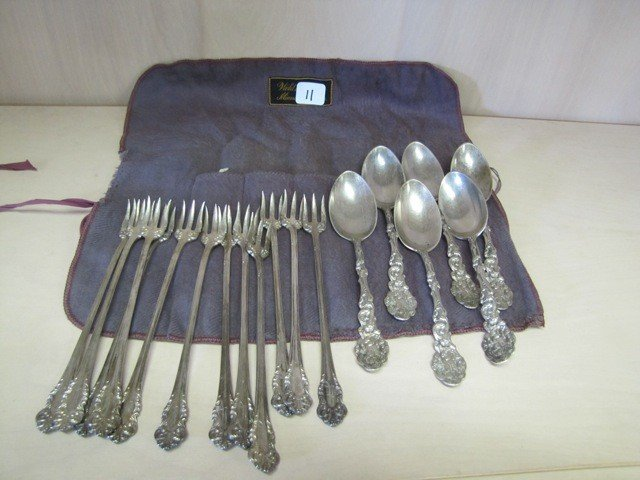 11: Selection of flatware-  18pcs SEE NOTE!!!
