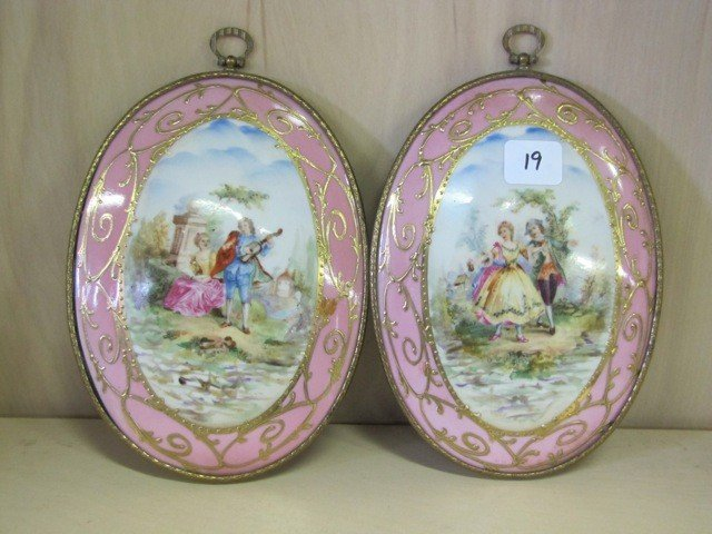 """19: Pair of limoge oval 7 wall plaques"""""""