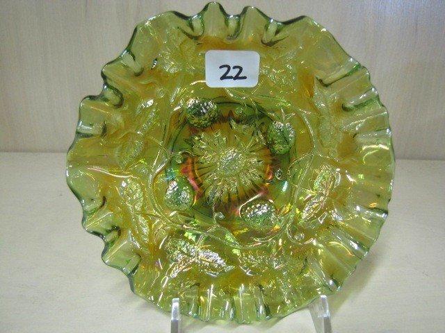 "22: Mburg 5"" rad green blackberry Wreath 3-1 edge bowl"