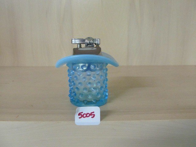 5005: Fenton Blue Opal Hobnail Hat with Lighter