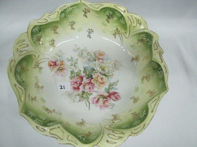 """21: UM RSP 10 1/2"""" floral bowl w/scattered roses decor"""