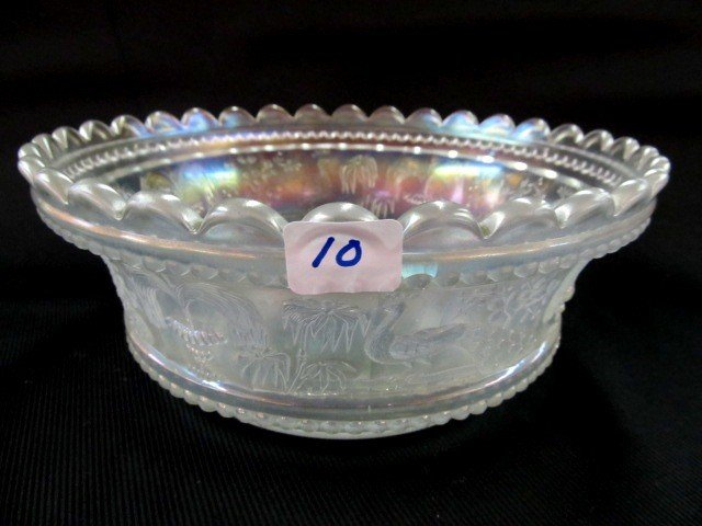 10: Nwood white Peacock at Fountain master berry bowl