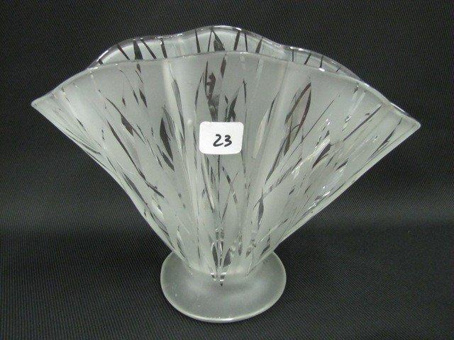 "23: Fenton 8"" San Toy ruffled fan vase"