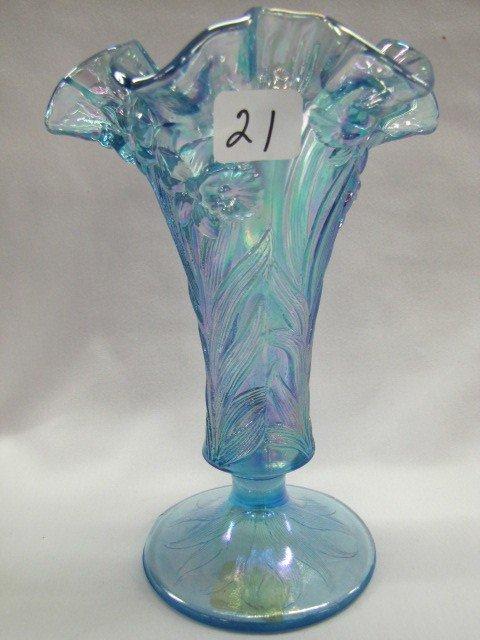 """21: Fenton 7 1/2"""" daffodil vase"""