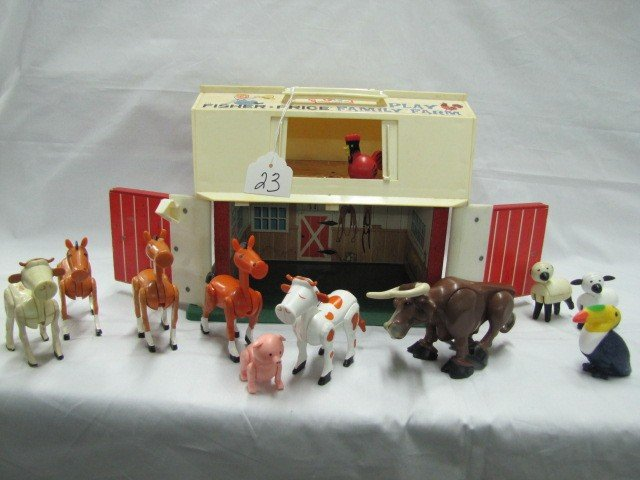 23: Fisher Price - Family Farm