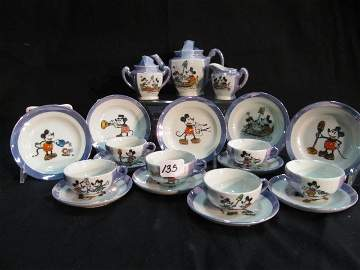 135: 20 pc. Made in Japan childs teaset. Mickey and Min