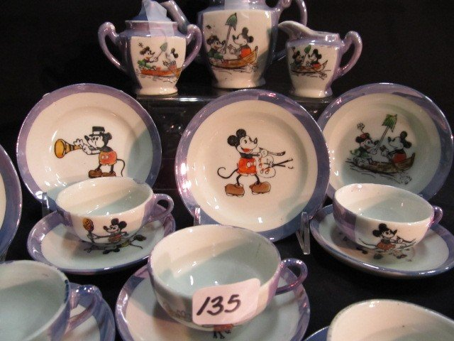 135: 20 pc. Made in Japan childs teaset. Mickey and Min - 2