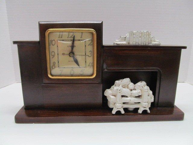 Vintage Light Up TV / Mantle Clock / Light Working