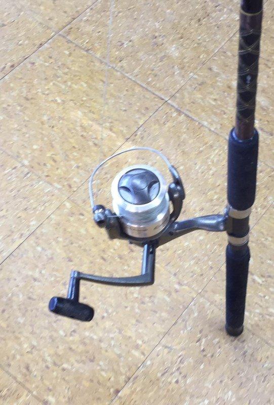 Shakespeare Contender Fishing Rod & Reel - 2