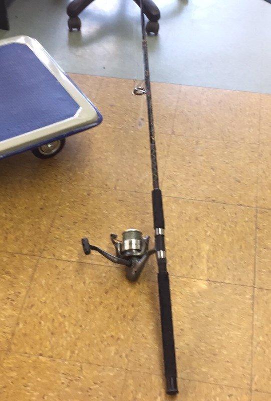 Shakespeare Contender Fishing Rod & Reel - 3