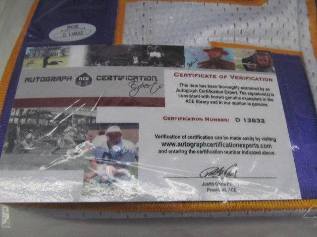 SPORTS MEMORABILIA ~ Autographed #28 Adrian Peterson - 3