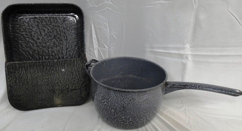Vintage Granite Ware Pan & Boiler Pot
