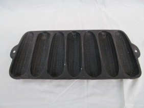 Vintage Wagner Ware Cast Iron Corn Pone Tray