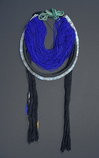 "53: NECKLACE, Indian Tribe ""Kayapó"", Cotton Yarn, Beads"